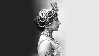 Muziektheater Transparant : Façade : Le monde de Mata-Hari