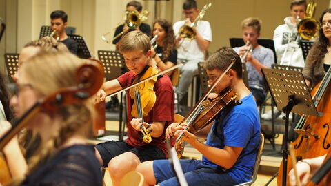 Royal Concertgebouw Orchestra Amsterdam YOUNG + Singing Molenbeek