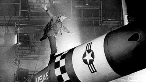 Dr. Strangelove, or how I Learned to stop Worrying and Love the Bomb (NL ond.)